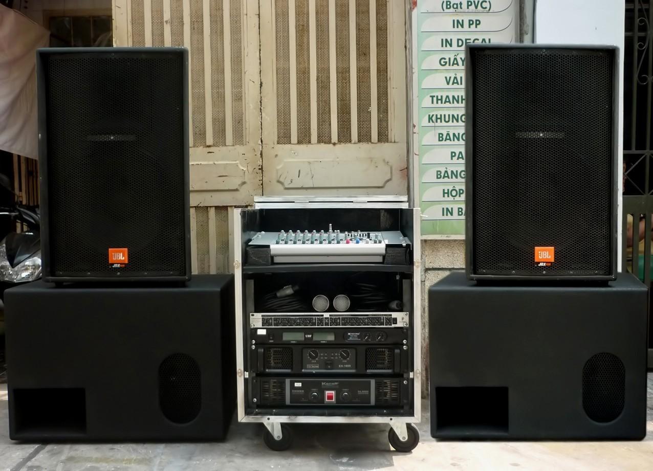 Dàn âm thanh nhạc sống gồm những gì? Giá bao nhiêu tiền?